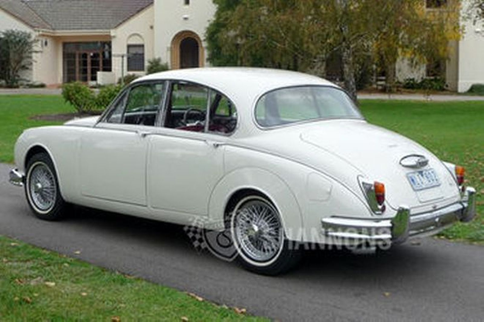 sold jaguar mk2 39 2 4 manual 39 saloon auctions lot 4 shannons. Black Bedroom Furniture Sets. Home Design Ideas