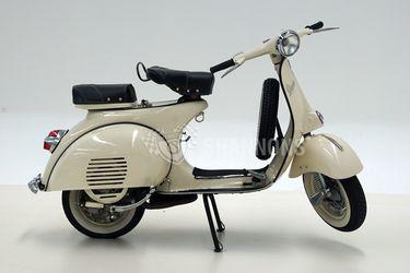 Vespa Piaggio 150 Scooter