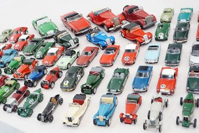 Model Cars - 56 x Assorted Early MG's Scale 1:43 to 1:24. Corgi, Dinky, Motorkits, Spot On