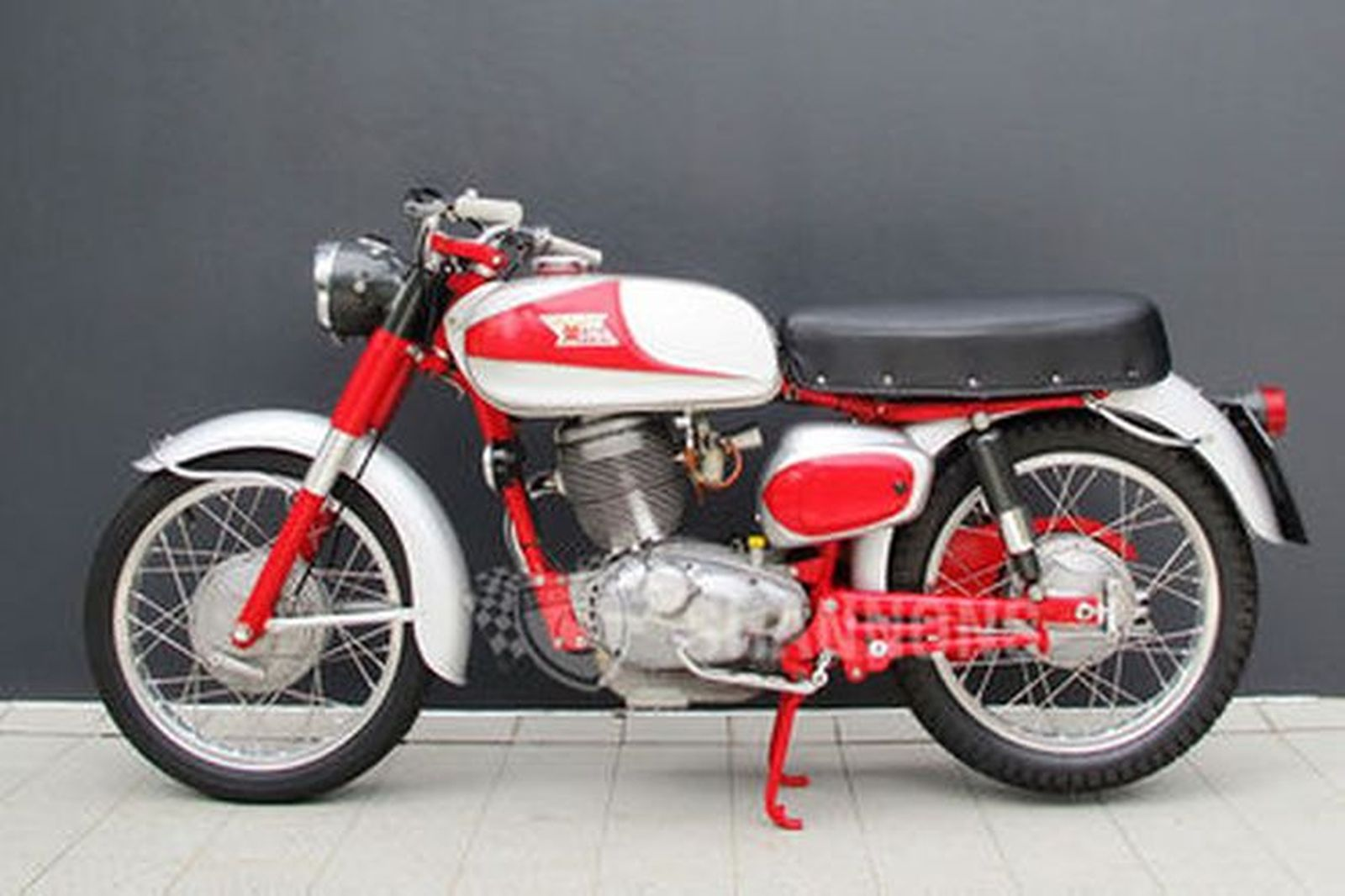 sold moto morini 250cc motorcycle auctions lot ai shannons. Black Bedroom Furniture Sets. Home Design Ideas