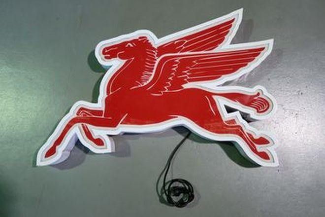 Light Box - Mobil Flying Horse 'Pegasus' (100 x 75cm)