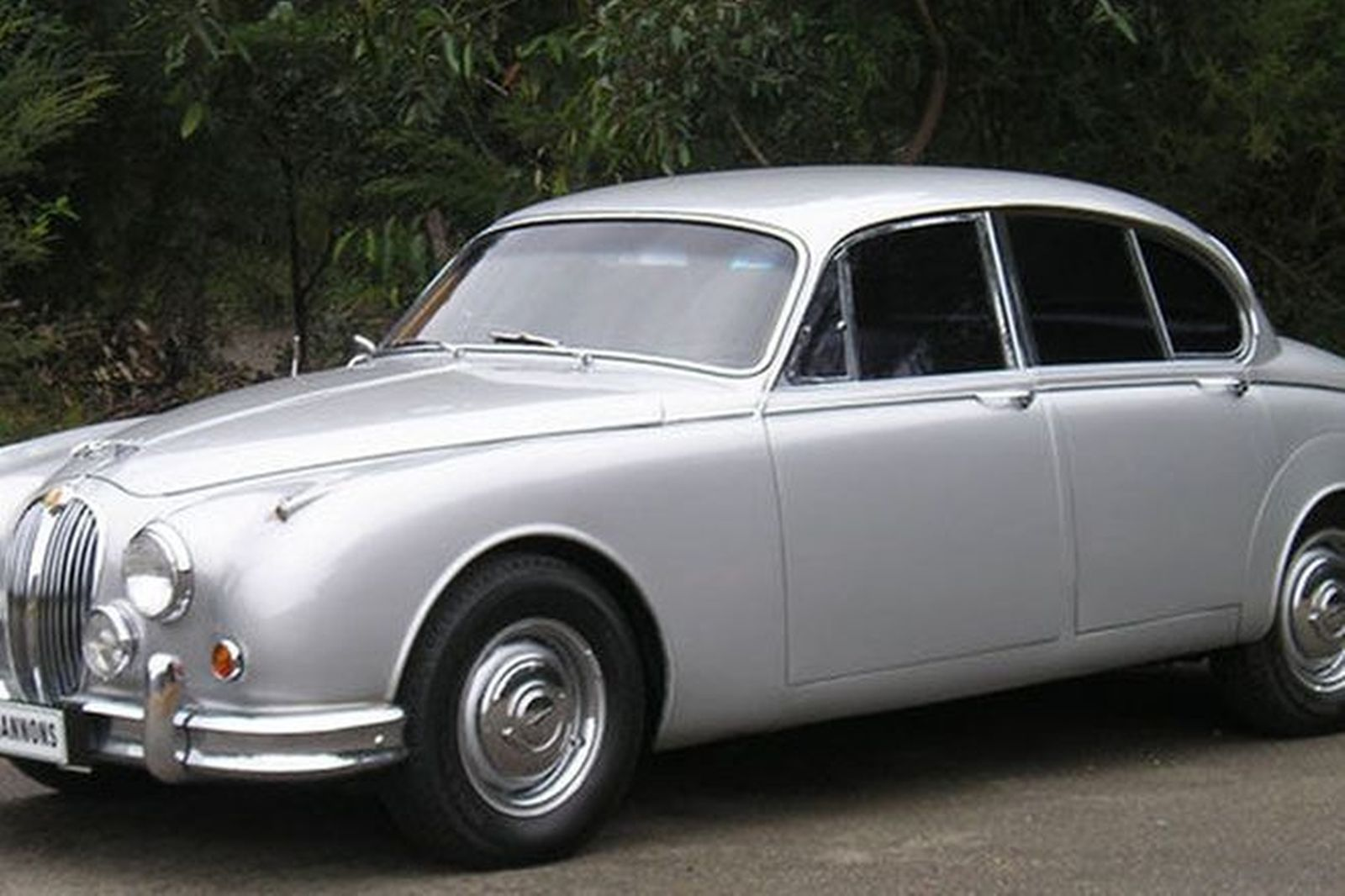 sold jaguar mark 2 3 4 saloon auctions lot 3 shannons. Black Bedroom Furniture Sets. Home Design Ideas