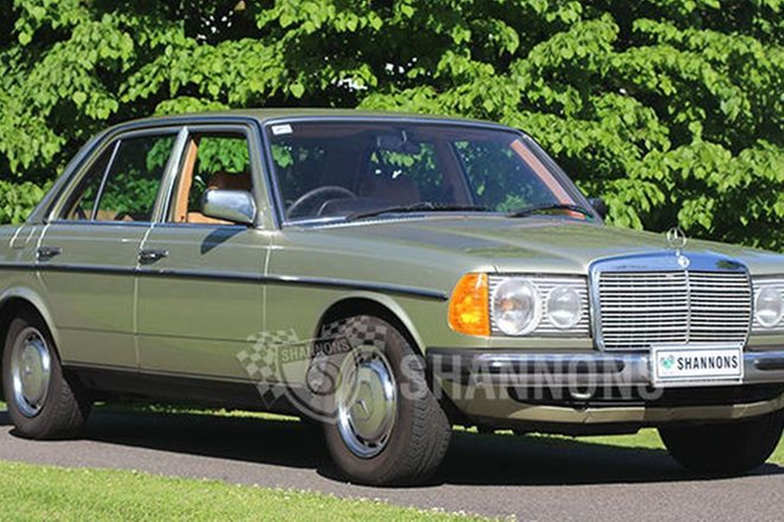 sold mercedes benz 230e sedan auctions lot 2 shannons