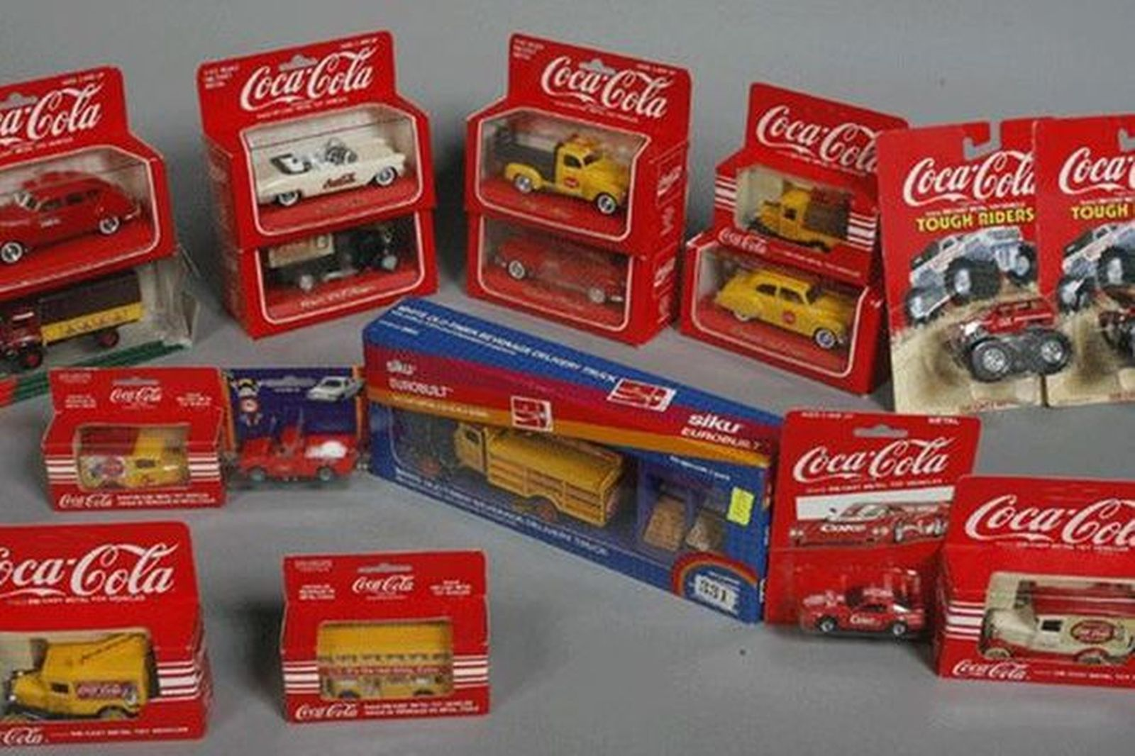 Model Cars - 17x Coca Cola Die Cast Metal Toys