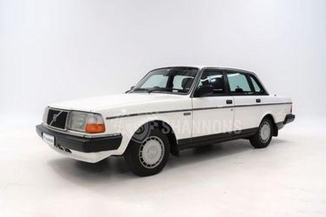 Volvo 240 GL Sedan