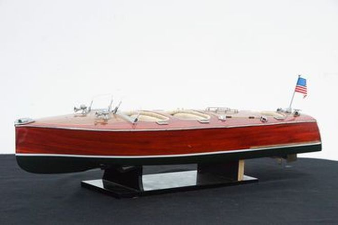 Model Boat - Wooden Model Triple Cockpit Speed Boat