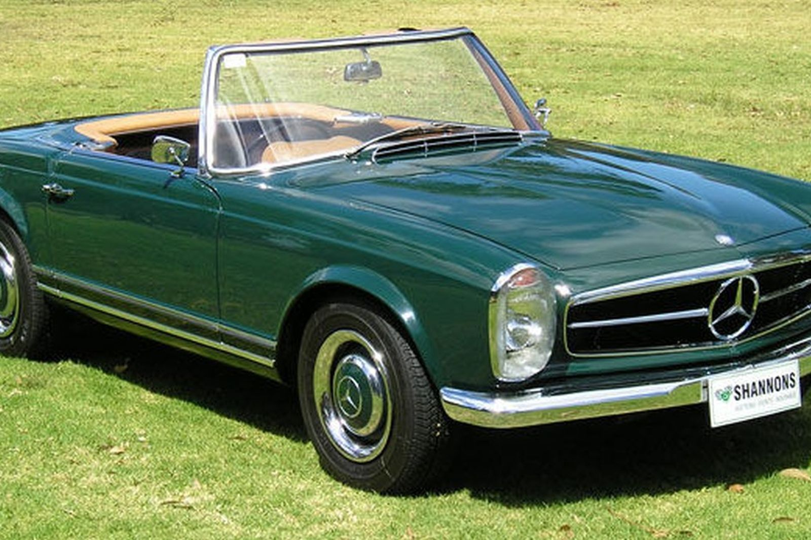 Mercedes benz 250sl convertible auctions lot 68 shannons for Mercedes benz us open