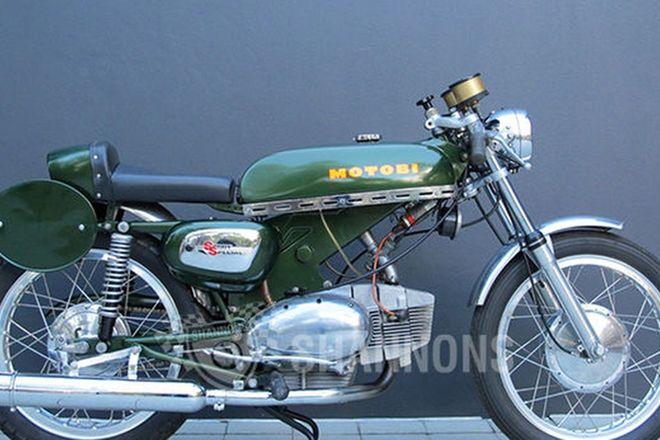 Benelli-Motobi Sports Special 250cc Motorcycle