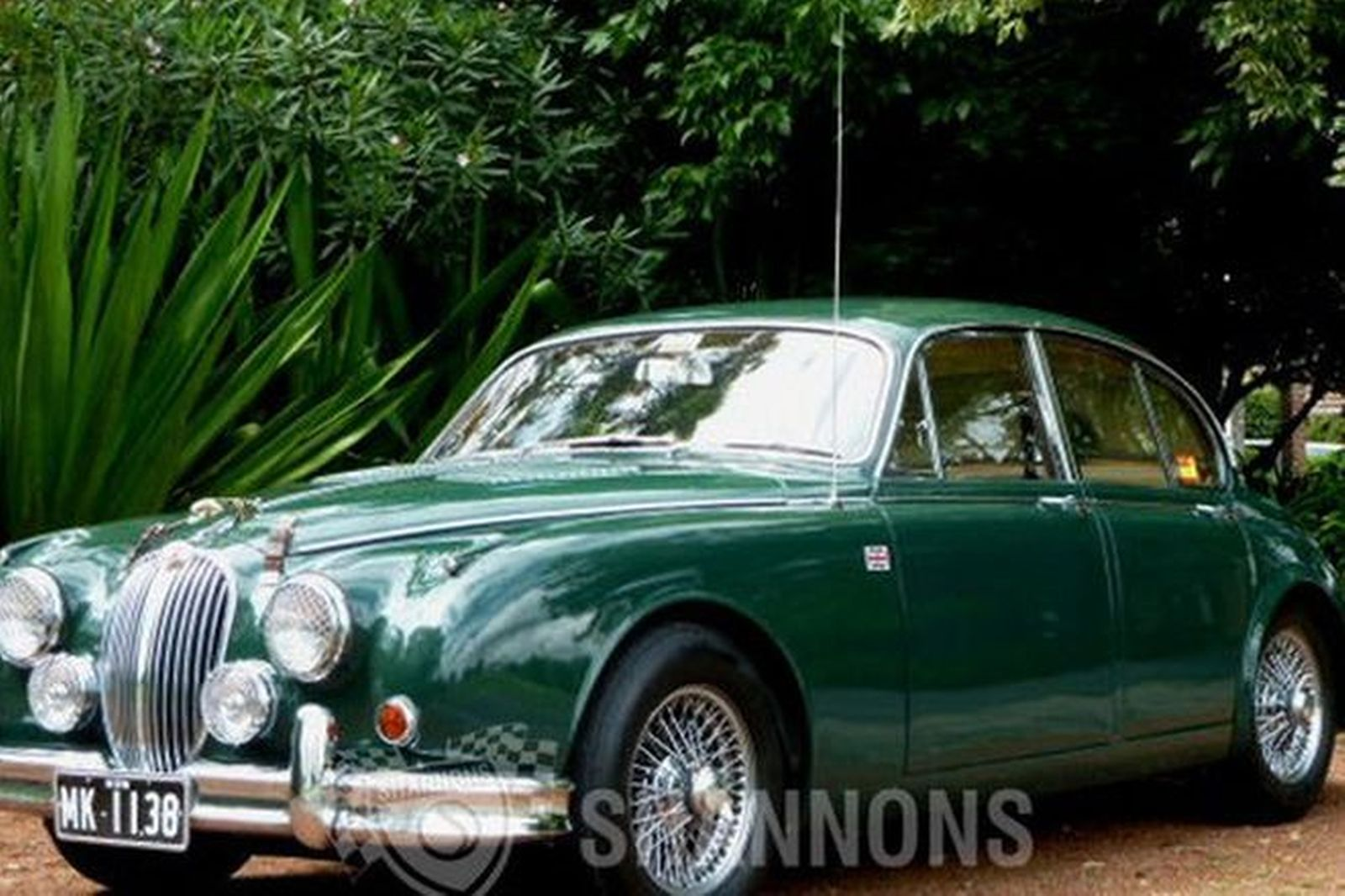 sold jaguar mk ii 3 8 39 manual 39 saloon auctions lot 24 shannons. Black Bedroom Furniture Sets. Home Design Ideas