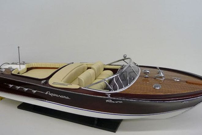Model Boat - Riva Aquarama (85cm long)