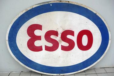 Tin Sign - Esso Oval (120 x 180cm)