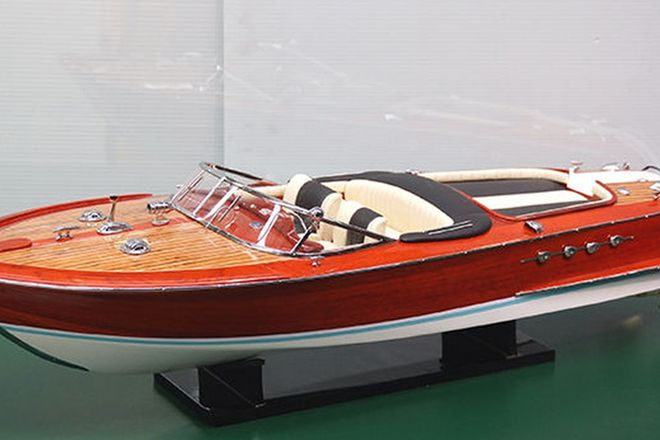 Model Boat - Riva Speed Boat (80cm long)