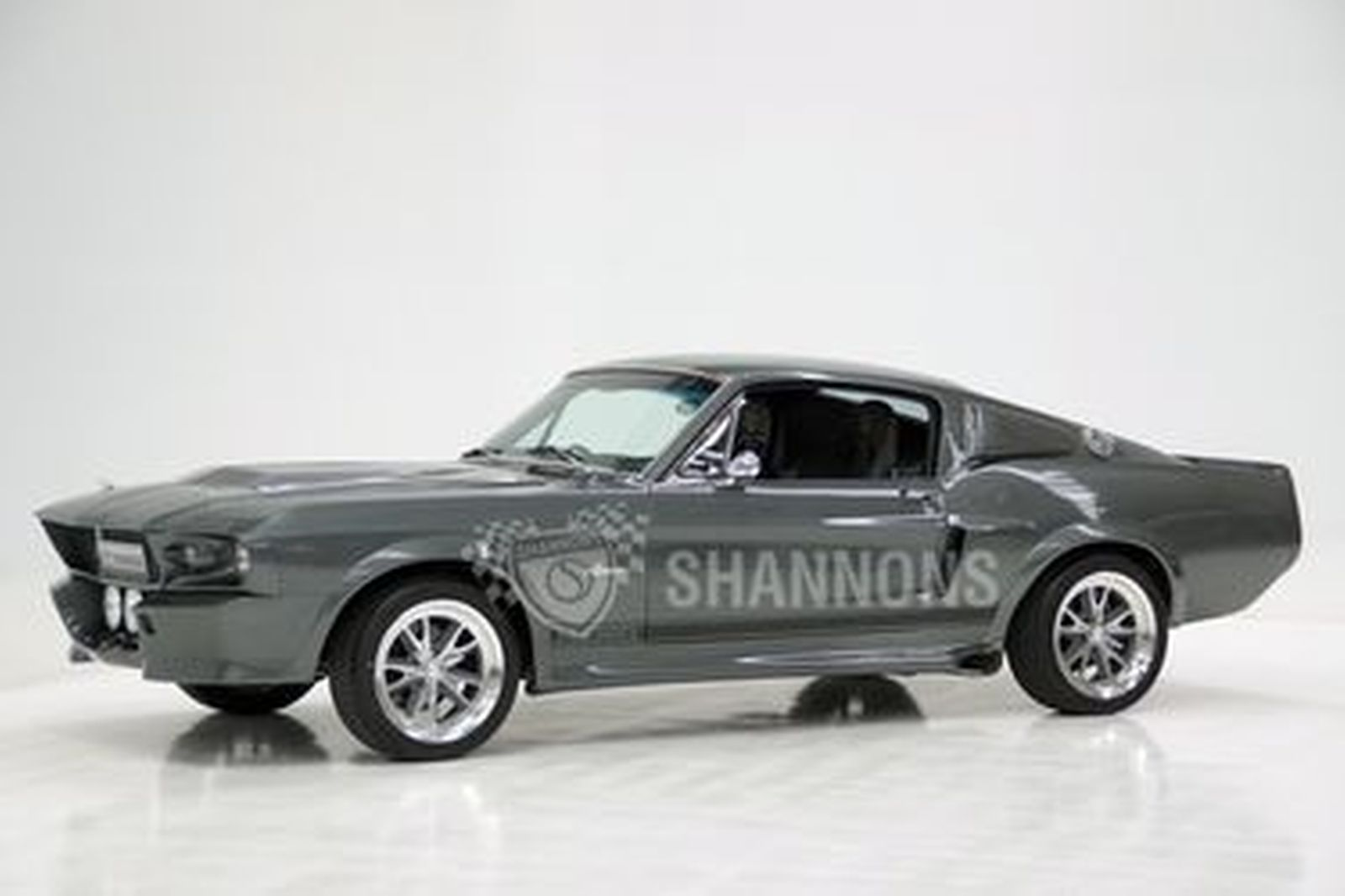 Ford mustang gt 500e eleanor replica fastback rhd