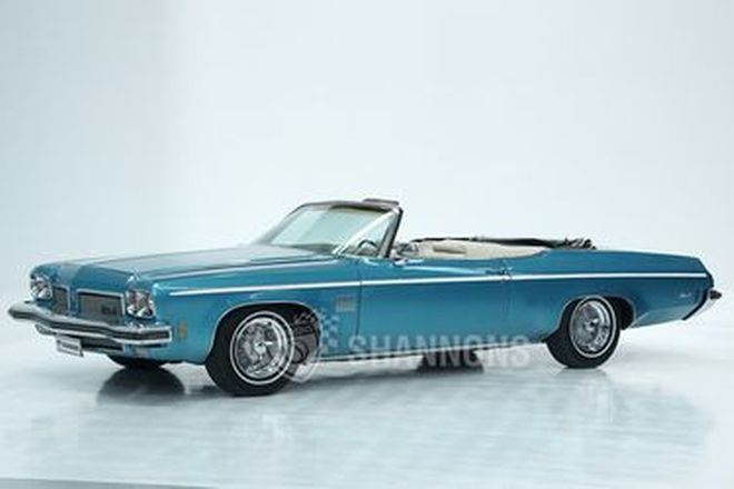 Oldsmobile Delta 88 Royale Convertible (LHD)