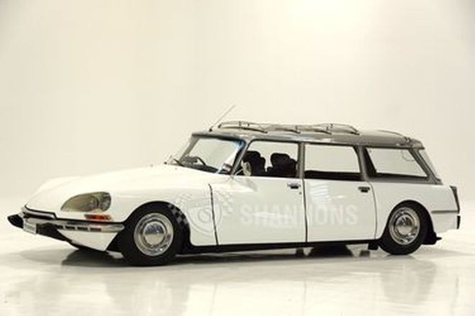 Citroen DS 23 Safari Wagon