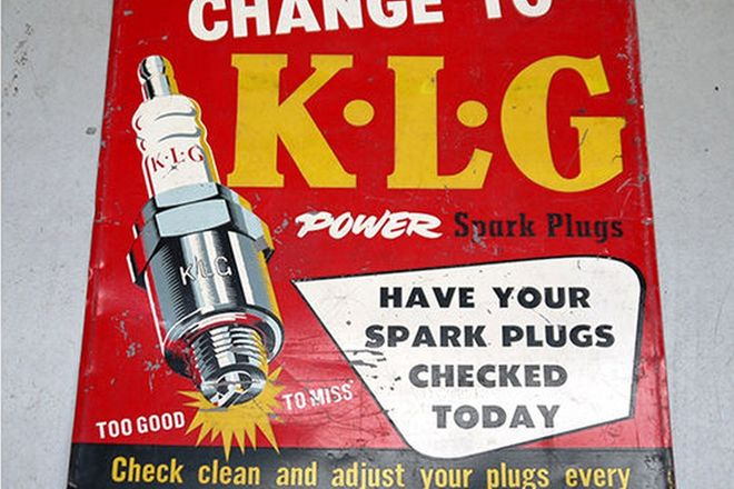 Sign - KLG Spark Plug (76 x 92cm)