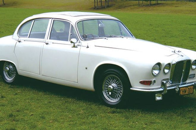 Daimler Sovereign 'Manual' Saloon