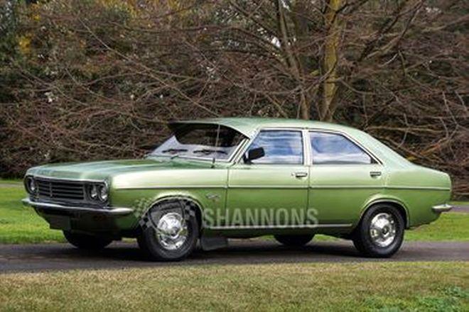 Chrysler Centura 3.5 Sedan