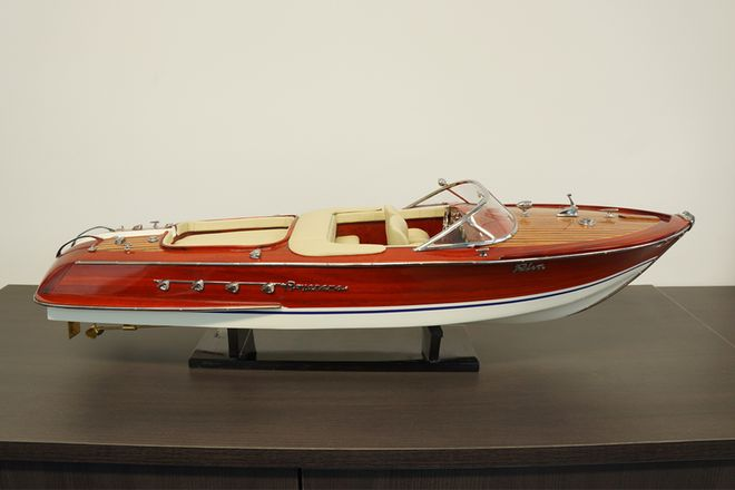 Riva Aquanama Wooden Boat (60cm) With Stand