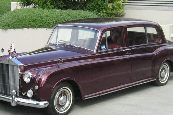 Rolls-Royce Phantom 5 Park Ward Limousine
