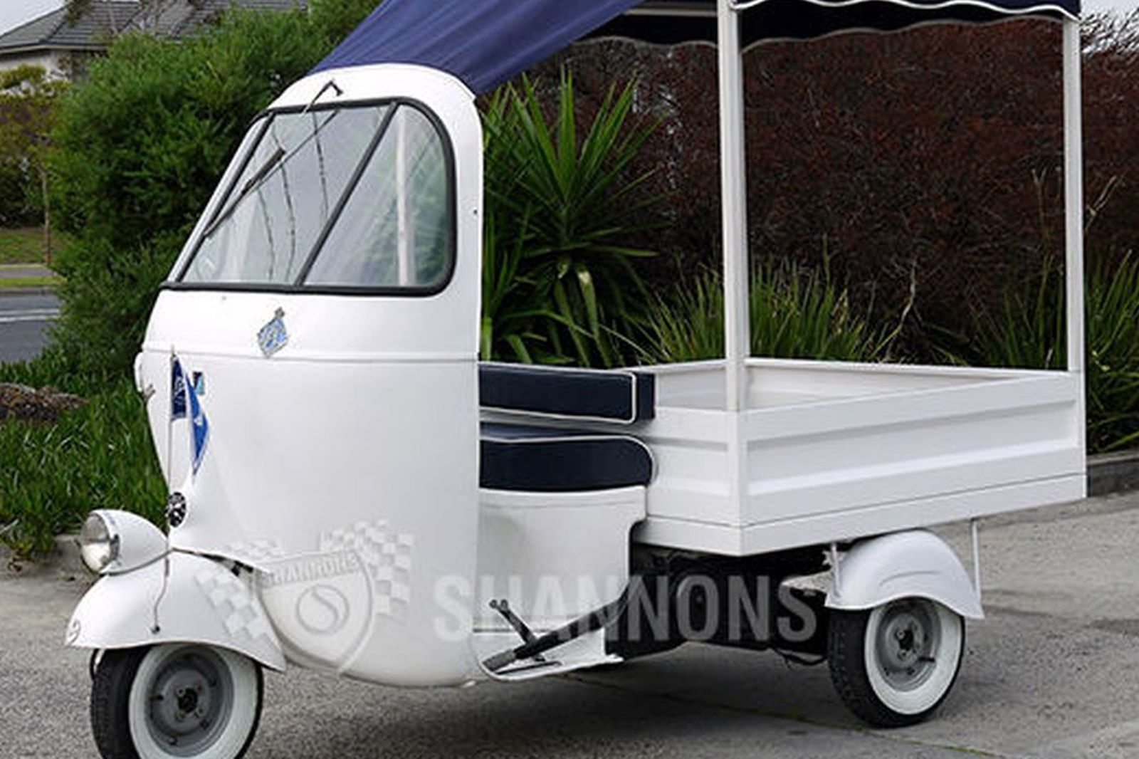 sold piaggio ape 39 ac1 39 150cc 3 wheeler auctions lot 7. Black Bedroom Furniture Sets. Home Design Ideas