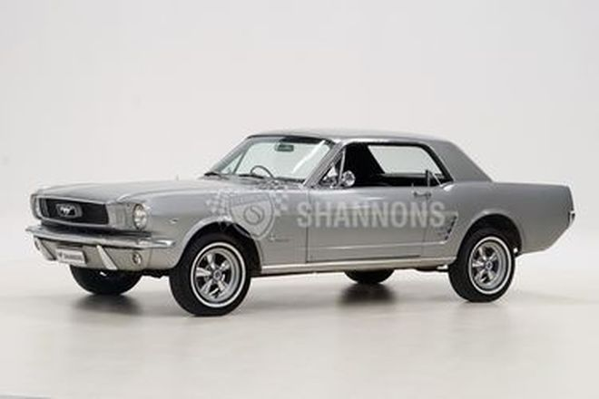 Ford Mustang 289 V8 Coupe (RHD)