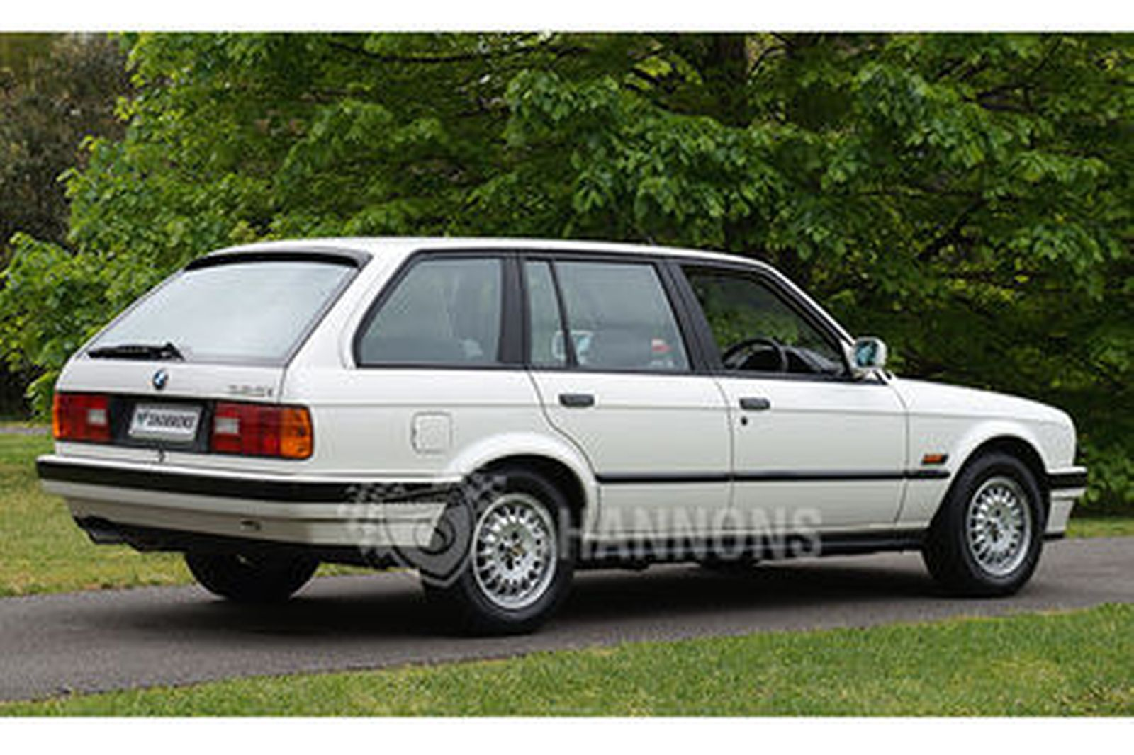 sold bmw 325i e30 touring wagon auctions lot 4 shannons. Black Bedroom Furniture Sets. Home Design Ideas