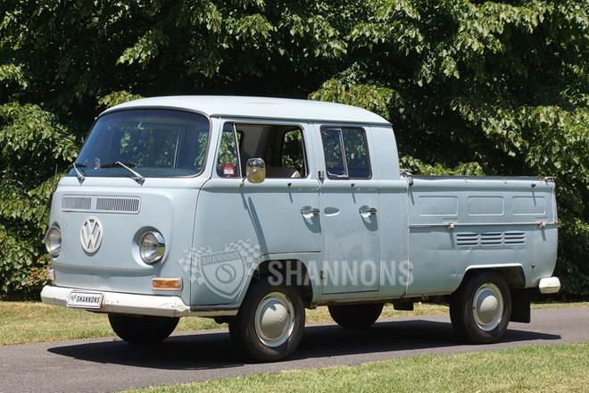 Volkswagen Transporter Dual Cab Pick Up