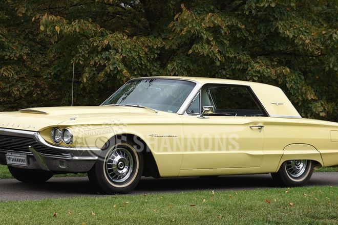 Ford Thunderbird Coupe (LHD)