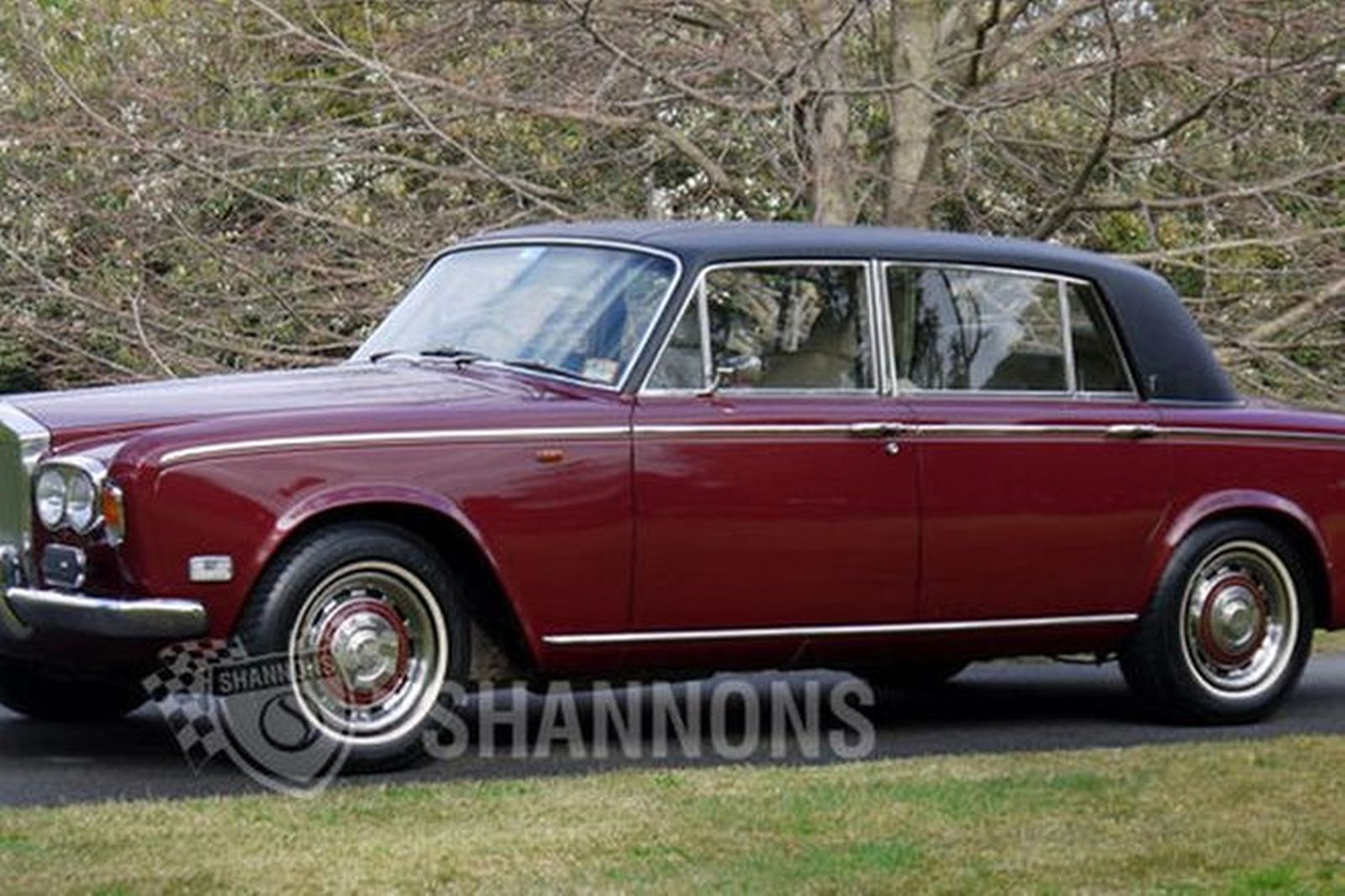 rolls royce silver shadow lwb saloon auctions lot 17 shannons. Black Bedroom Furniture Sets. Home Design Ideas