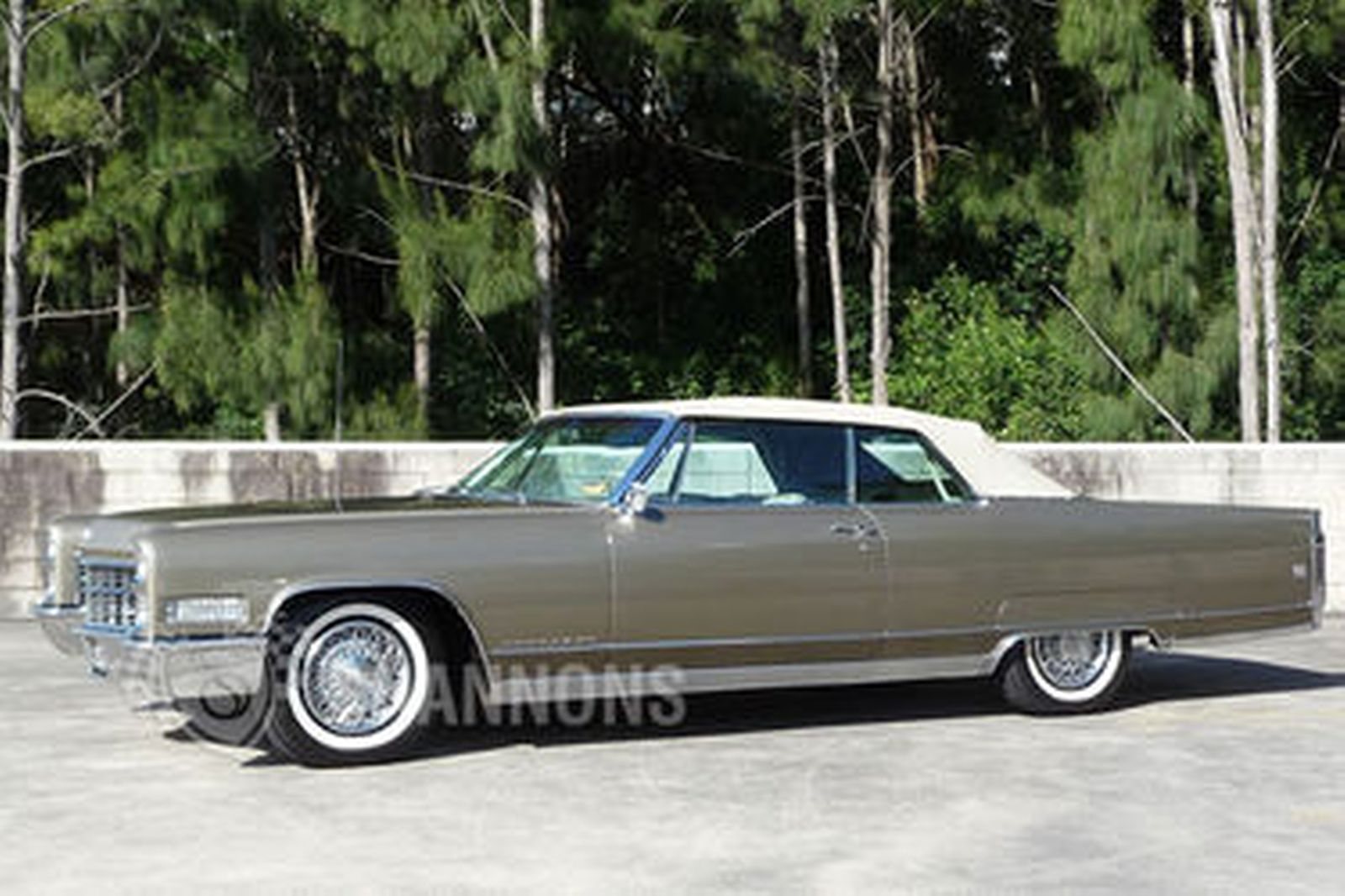 sold cadillac eldorado 2 door convertible lhd auctions. Black Bedroom Furniture Sets. Home Design Ideas