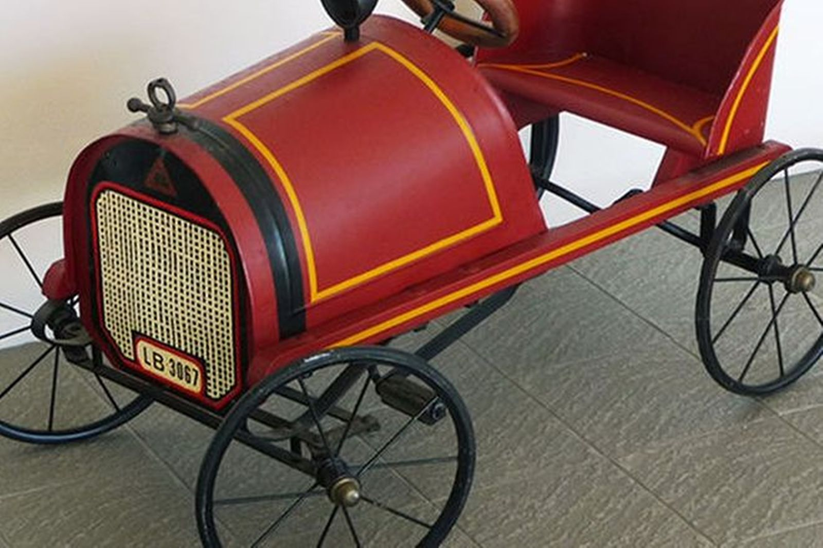 Sold: Pedal Car - c.1920\'s Lines Bros Auctions - Lot F - Shannons