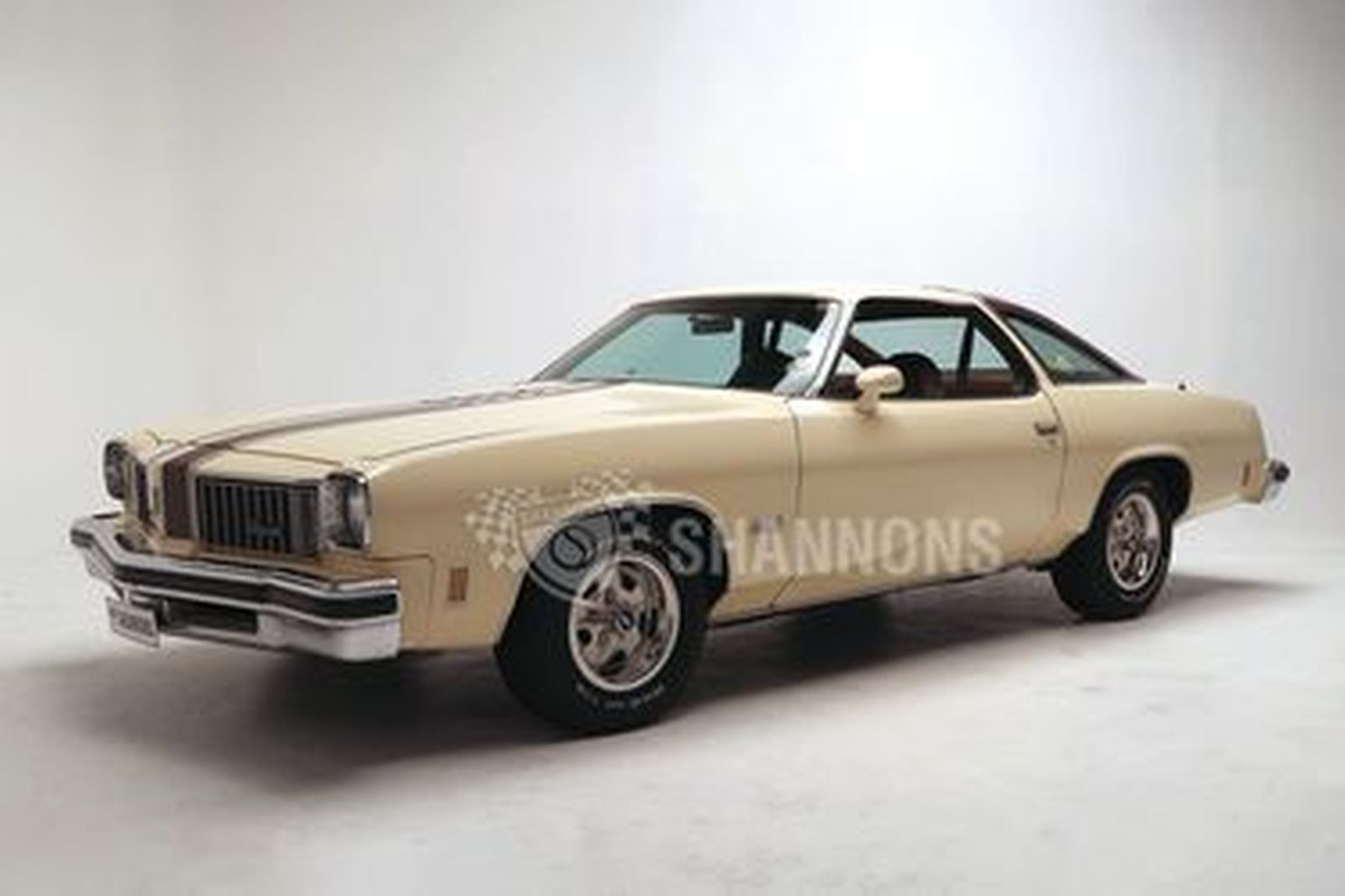 Oldsmobile Cutlass S Coupe (LHD)