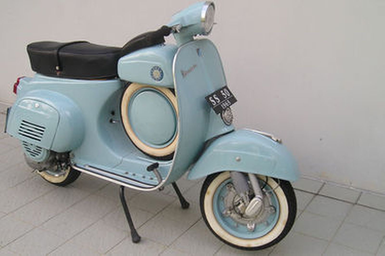 vespa ss 50 replica scooter auctions lot 6 shannons. Black Bedroom Furniture Sets. Home Design Ideas
