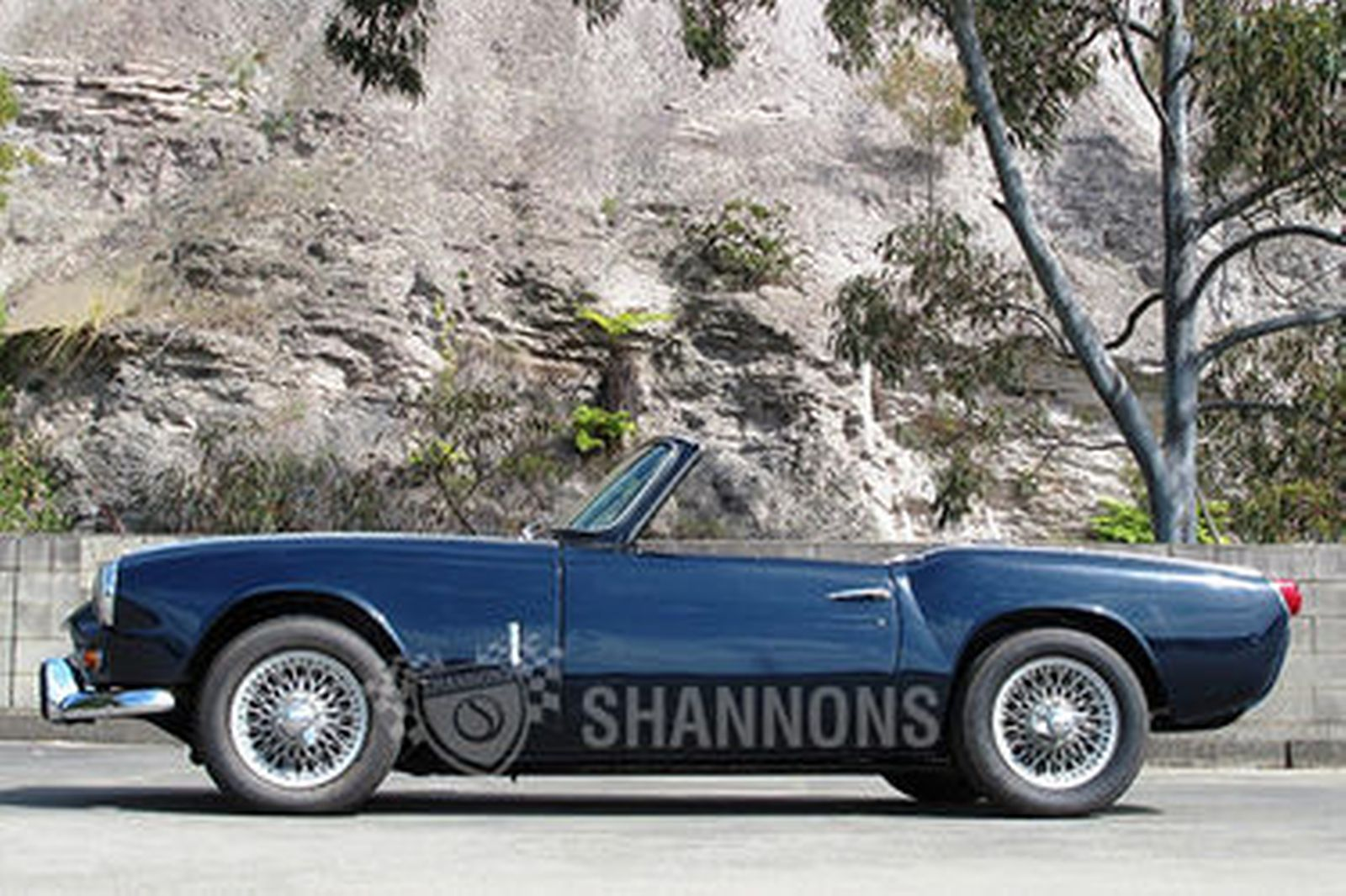Sold: Triumph Spitfire 1200 Roadster Auctions - Lot 2 - Shannons
