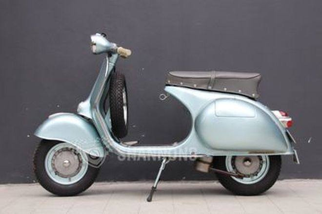 Vespa GS 150 Scooter
