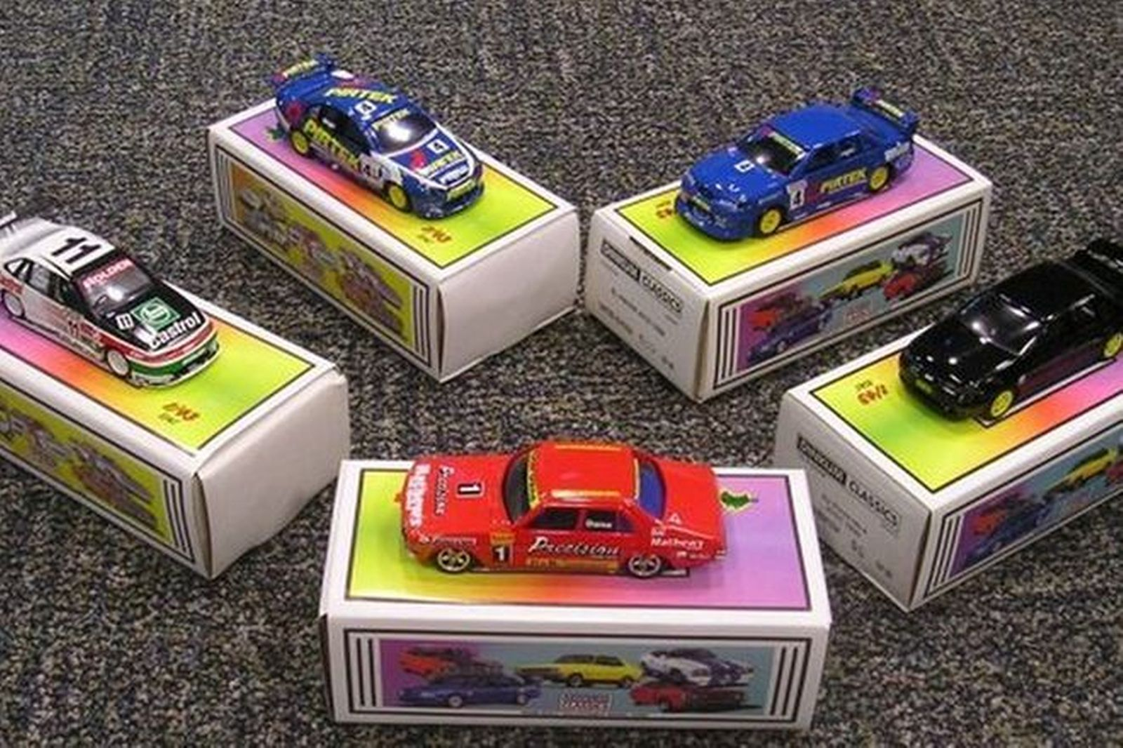 Model Cars - 4 x Dinkum Classics  - 'Richards' Mustang, 'Brown's' XYGT, 'Perkins' VC, Bright/Richard