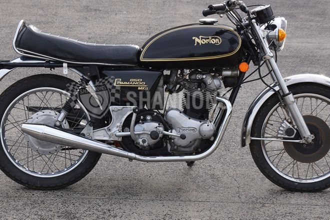 Norton 850 Commando Motorcycle