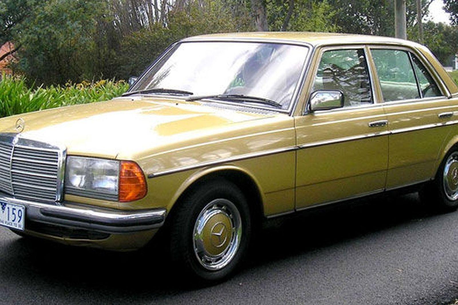 e149270bcf Sold  Mercedes-Benz 280E Sedan Auctions - Lot 28 - Shannons