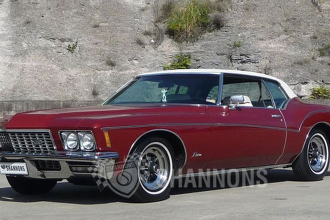 Buick Riviera 'Boat Tail' Coupe (LHD)