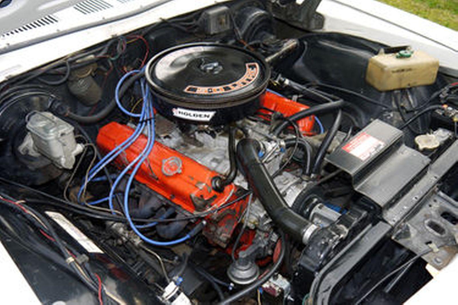 Holden HZ Sandman 5.0 Utility