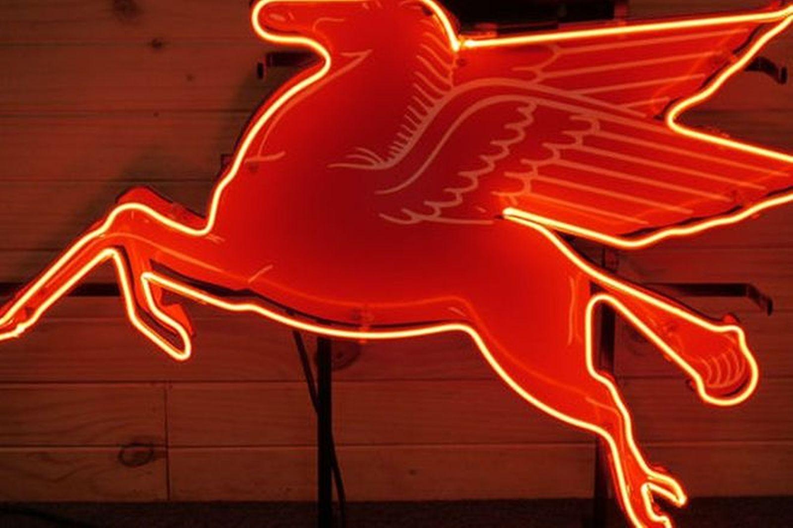 Sold: Neon Sign - Mobilgas Pegasus Flying Horse (60 x 70 ...
