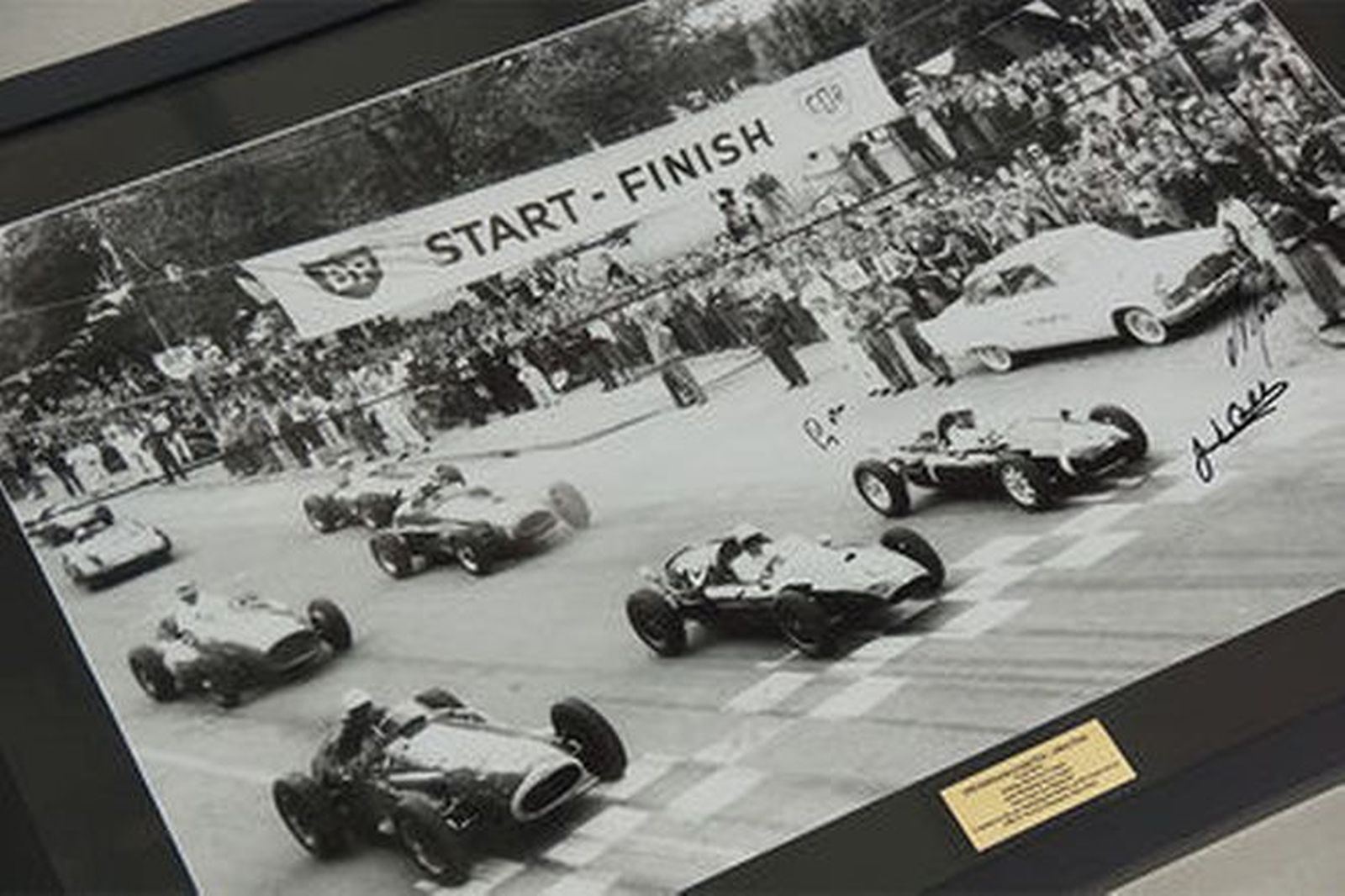 Framed Signed Photo - 1958 Melbourne Grand Prix - Albert Park