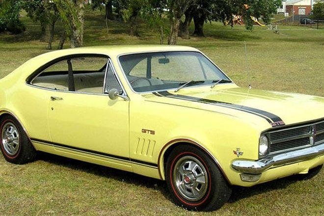 Holden HK GTS 327 (Bathurst) Monaro Coupe