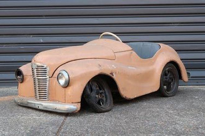 Pedal Car - Austin J40 (1.6m Long)