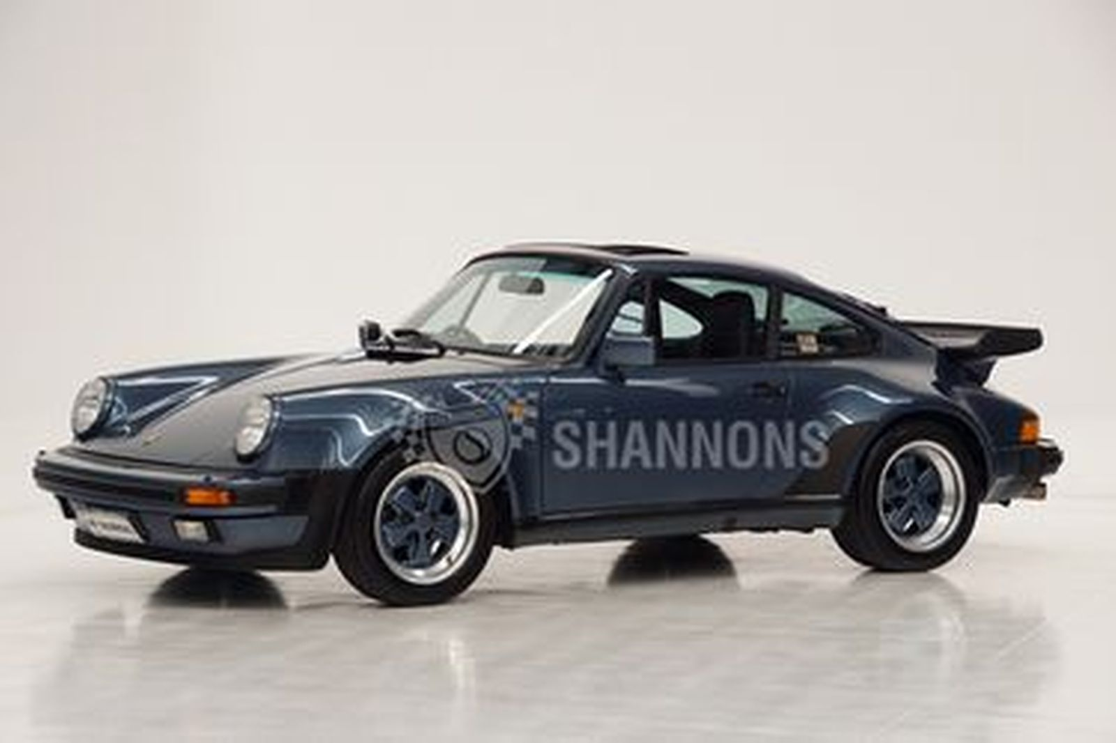 Porsche 930 Turbo '5-Speed' Coupe