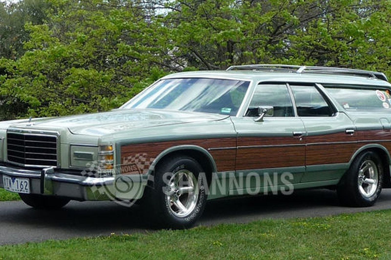 Ford ltd country squire station wagon rhd