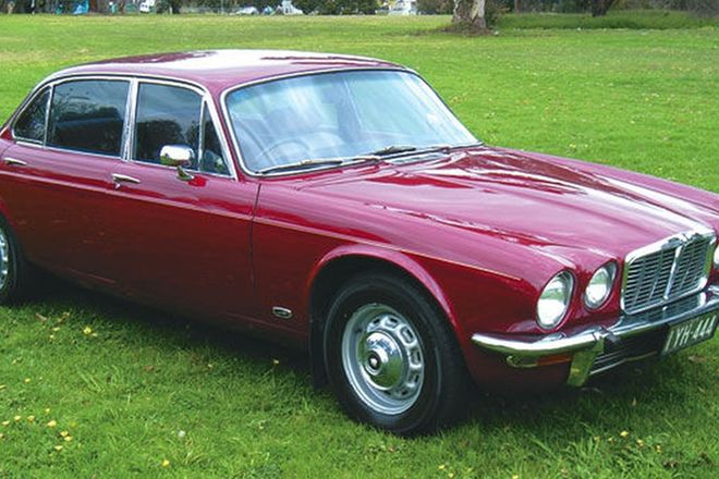 Jaguar XJ6 Series 2 Saloon