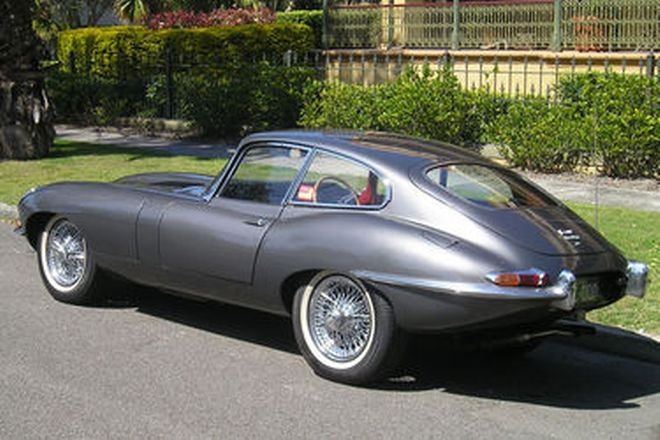 Jaguar E-Type 4.2 Series 1 Fixed Head Coupe