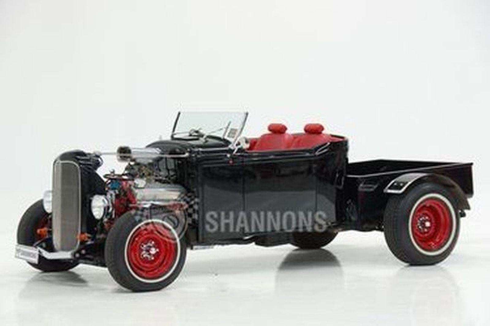 Ford 'Hot Rod' V8 Utility Pick-Up (RHD)